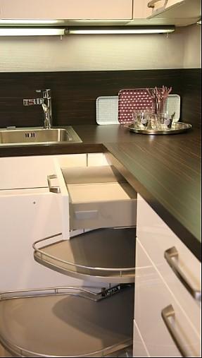nobilia musterk che moderne wohnk che zum abverkaufspreis ausstellungsk che in regensburg von. Black Bedroom Furniture Sets. Home Design Ideas