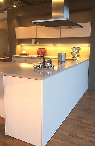 siematic musterk che s 3 k ausstellungsk che in hanau steinheim von meiser k chen gmbh. Black Bedroom Furniture Sets. Home Design Ideas