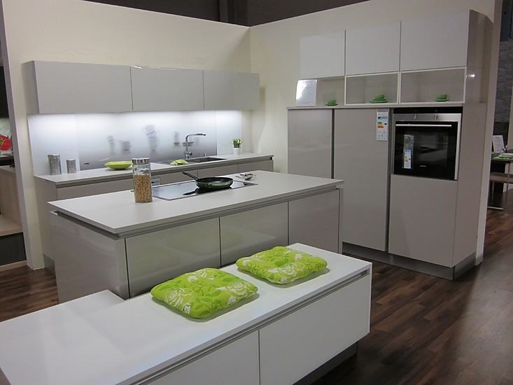 nolte musterk che moderene planung ausstellungsk che in weilbach s d von e k chendesign. Black Bedroom Furniture Sets. Home Design Ideas