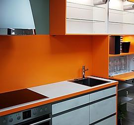 nobilia musterk che plattenbau k che ausstellungsk che in berlin von ruder k chen und. Black Bedroom Furniture Sets. Home Design Ideas