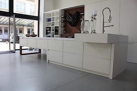 Das besondere Highlight - die Küche aus Beton!