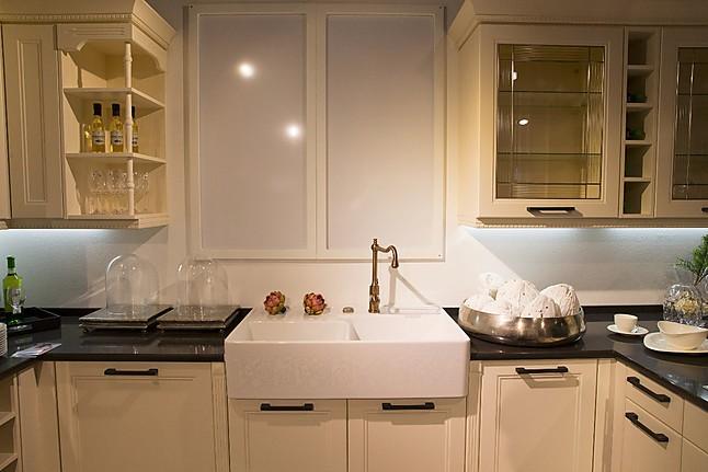 alno musterk che wundersch ne landhaus k che mit miele kochfeld und downdraft berbel. Black Bedroom Furniture Sets. Home Design Ideas