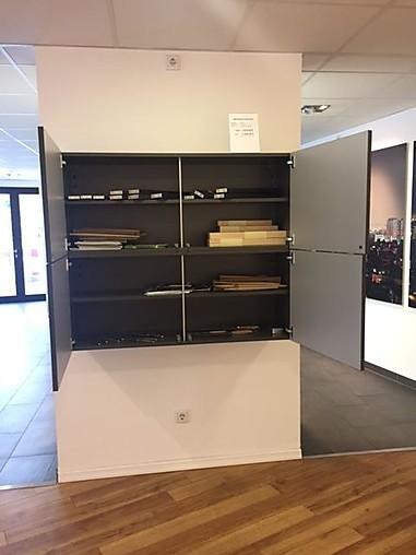 bax musterk che sideboard schwebend ausstellungsk che in. Black Bedroom Furniture Sets. Home Design Ideas