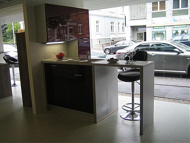 nobilia musterk che moderne musterk che ausstellungsk che in von. Black Bedroom Furniture Sets. Home Design Ideas