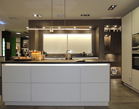 musterkchen nrw top beautiful latest diagramm kche wei hochglanz segmento poggenpohl hochglanz. Black Bedroom Furniture Sets. Home Design Ideas