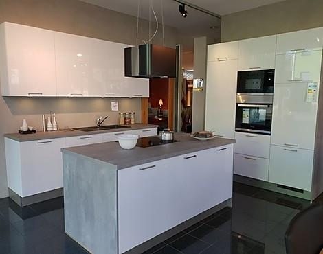 Weiße Hochglanzküche Mit Kochinsel   GARANT Classic C240 LASER Polar Weiss