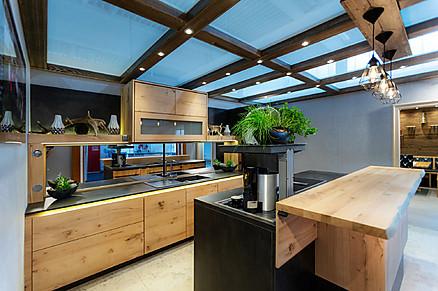 Überzeugen Sie sich in unserer Ausstellung persönlich von der Qualität unserer Küchen