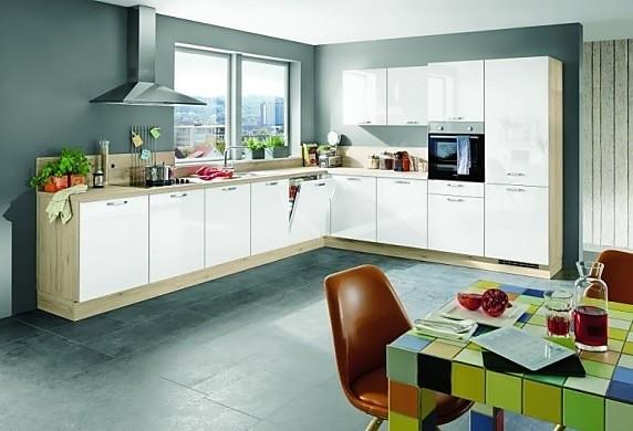 moderne weiße L Küche mit Arbeitsplatte in Eiche Optik