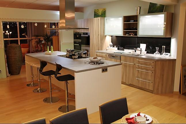 Leicht   Synthia Edelkastanie, Pur FG Firn 2 Farbige Leicht Küche In Der  Kombination