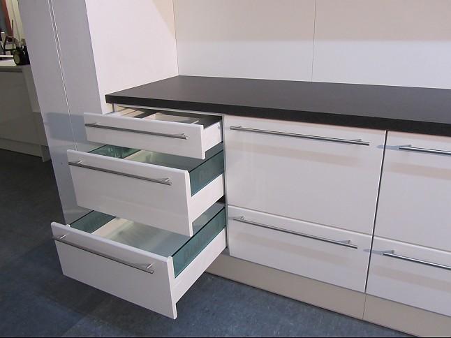 DAN-Küchen-Musterküche Design Küchenzeile: Ausstellungsküche in ...