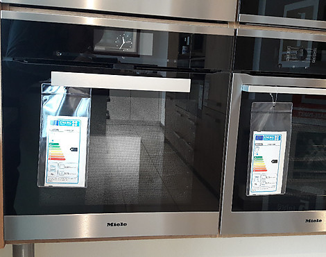 Backofen TFT-Touch-On-Display mit Klartext - H 6860 BP