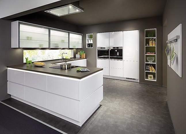 nobilia musterk che line n focus mit bosch grifflose designk che ausstellungsk che in bad. Black Bedroom Furniture Sets. Home Design Ideas