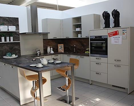 musterk chen neueste ausstellungsk chen und musterk chen seite 45. Black Bedroom Furniture Sets. Home Design Ideas