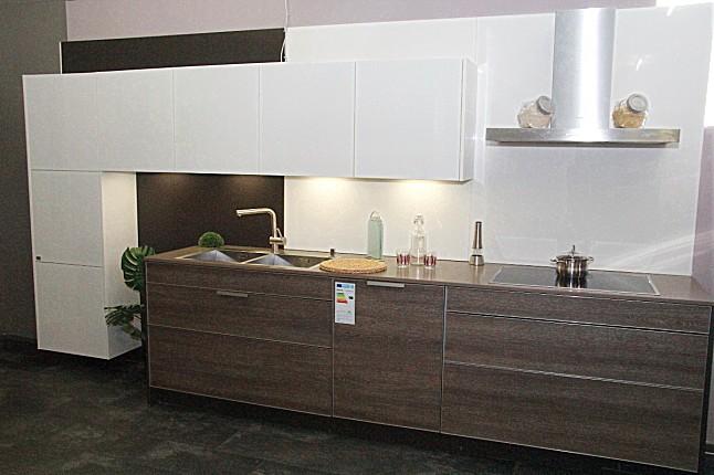 Sachsenküchen musterküche serena küche mit elektrischen auszügen