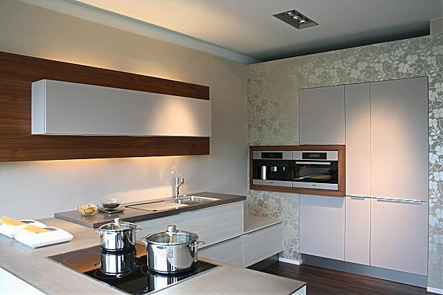 h cker musterk che design wohnk che mit miele ger ten zum sch ppchenpreis ausstellungsk che in. Black Bedroom Furniture Sets. Home Design Ideas