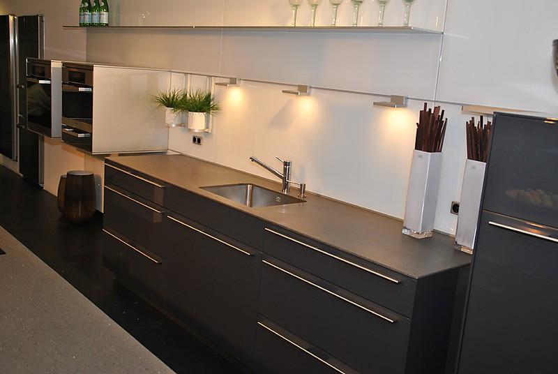 bulthaup musterk che bulthaup b3 brillant lack graphit. Black Bedroom Furniture Sets. Home Design Ideas