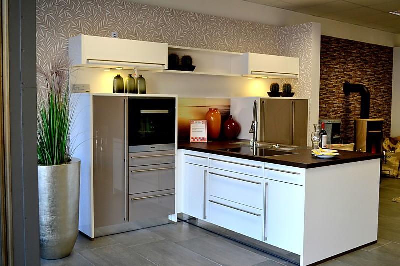 nolte musterk che sehr schicke t k che ausstellungsk che. Black Bedroom Furniture Sets. Home Design Ideas
