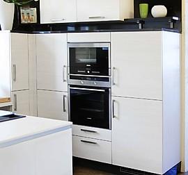 nobilia musterk che nobilia k che castello ausstellungsk che in d sseldorf von k chentreff. Black Bedroom Furniture Sets. Home Design Ideas