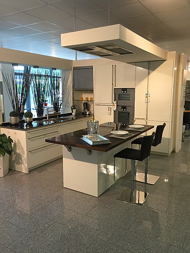 rational musterk che ausstellungsk che mit gaggenau ger ten ausstellungsk che in von. Black Bedroom Furniture Sets. Home Design Ideas