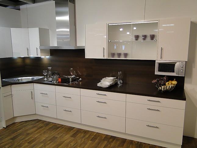 nobilia musterk che moderne nobilia hochglanz einbauk che ausstellungsk che in von. Black Bedroom Furniture Sets. Home Design Ideas