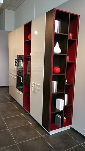 schmidt k chen musterk che moderne inselk che mit wei er quarz kunststein arbeitsplatte. Black Bedroom Furniture Sets. Home Design Ideas