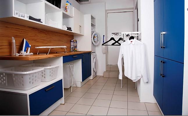 sonstige musterk che bie ozeanblau ausstellungsk che in regensburg von pusch schreib gmbh. Black Bedroom Furniture Sets. Home Design Ideas
