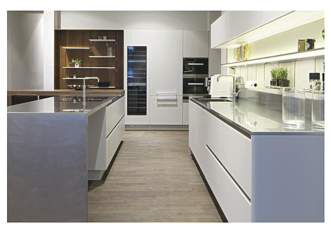 Side By Side Kühlschrank Kohlensäure : Siematic musterküche sterlingrau matt similaque: ausstellungsküche