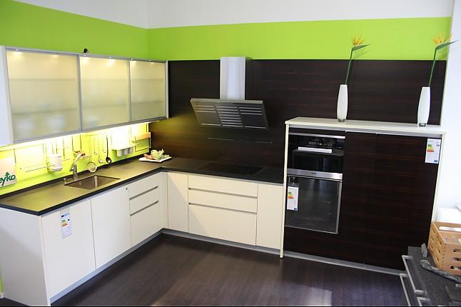 zeyko musterk che horizon forum came glatt lackiert ausstellungsk che in leipzig von. Black Bedroom Furniture Sets. Home Design Ideas