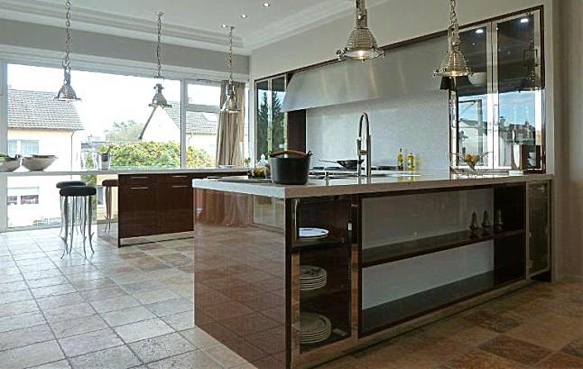 siematic musterk che gigantische landhausk cke beaux arts. Black Bedroom Furniture Sets. Home Design Ideas