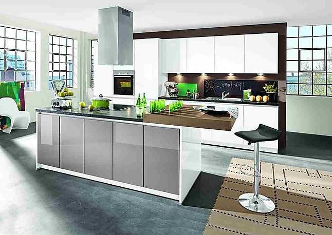 bauformat musterk che vielseitige k che deren elemente auch im wohnbereich optimal einsetzbar. Black Bedroom Furniture Sets. Home Design Ideas