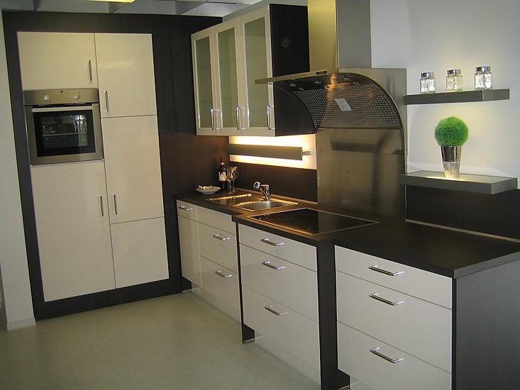nobilia musterk che nobilia primo ausstellungsk che in diez von k chenfachmarkt guhr. Black Bedroom Furniture Sets. Home Design Ideas