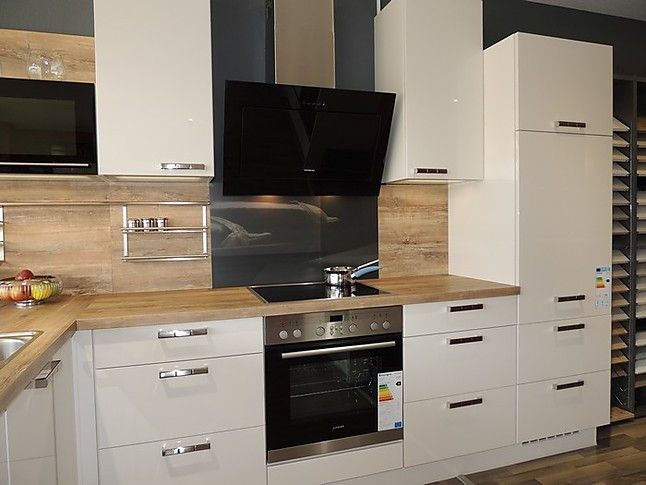 nobilia musterk che nn04b nobilia 648 flash magnolia. Black Bedroom Furniture Sets. Home Design Ideas