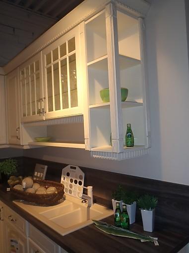 nobilia musterk che landhaus einbauk che mit hochwertigen miele elektroger ten. Black Bedroom Furniture Sets. Home Design Ideas