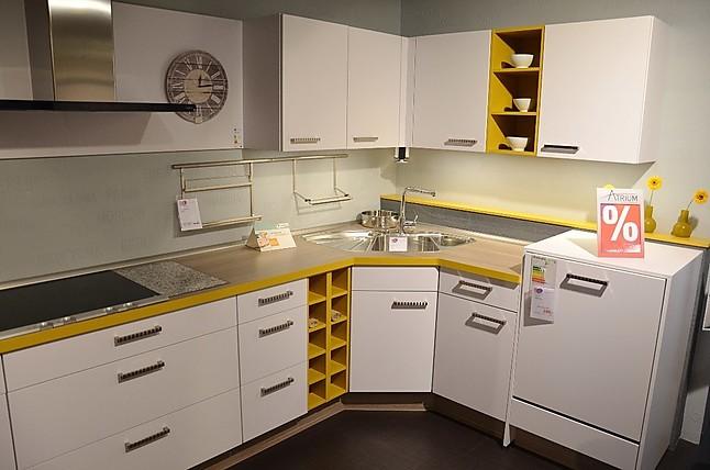 nobilia musterk che koje 26 ausstellungsk che in achern von m o m bel und objekt gmbh. Black Bedroom Furniture Sets. Home Design Ideas