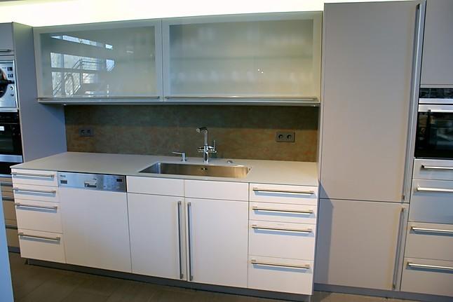 Global Küchen-Musterküche Küchenschränke ohne Geräte ...