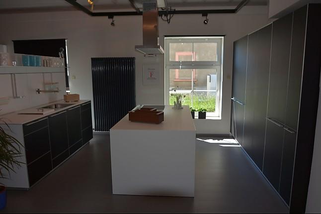 bulthaup musterk che bulthaup b3 monoblock linoleum ausstellungsk che in ottendorf okrilla. Black Bedroom Furniture Sets. Home Design Ideas