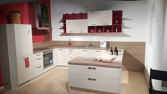 wellmann musterk che moderne l k che in kashmir mit tisch ausstellungsk che in geilenkirchen. Black Bedroom Furniture Sets. Home Design Ideas