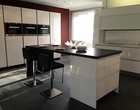 musterk chen neueste ausstellungsk chen und musterk chen seite 115. Black Bedroom Furniture Sets. Home Design Ideas