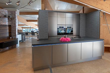 Moderne Inselküche