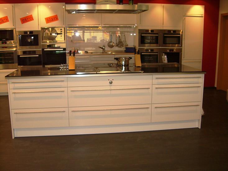 Schmidt kuchen musterkuche acryl glanzend for Küchen neuss
