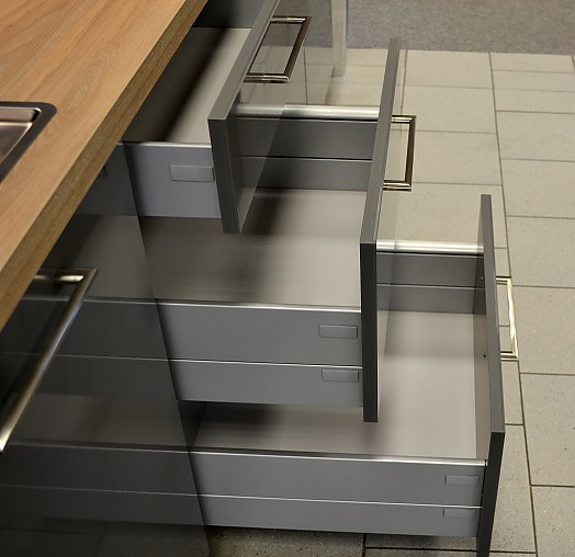 nolte musterk che sehr sch ne moderne k chenzeile ausstellungsk che in delmenhorst von m bel. Black Bedroom Furniture Sets. Home Design Ideas
