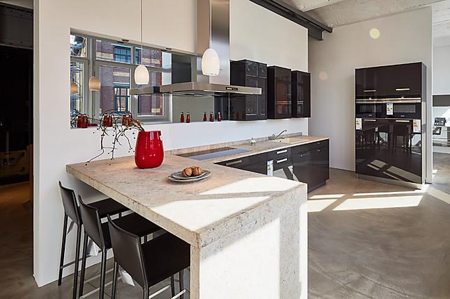 häckermusterküche moderne theken küche mit granit