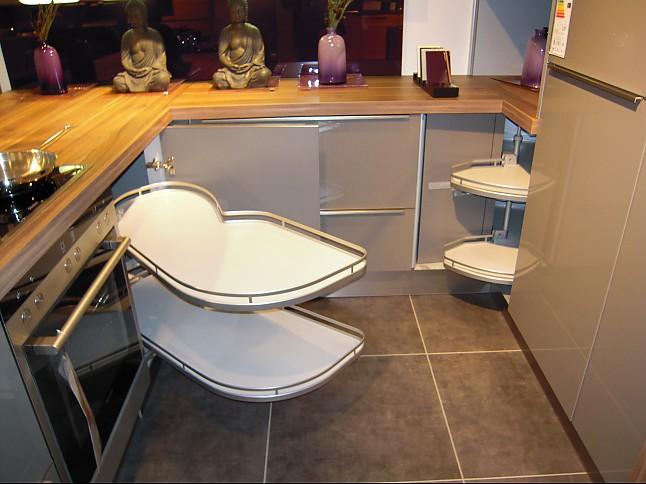 nolte musterk che moderne offene k che mit thekenbereich ausstellungsk che in kornwestheim von. Black Bedroom Furniture Sets. Home Design Ideas