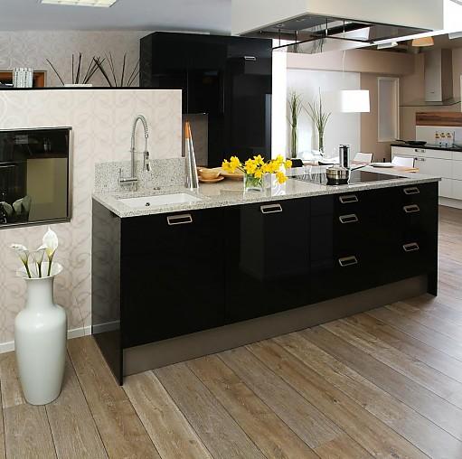 elementa musterk che moderne ausstellungsk che mit naturstein arbeitsplatte ausstellungsk che. Black Bedroom Furniture Sets. Home Design Ideas