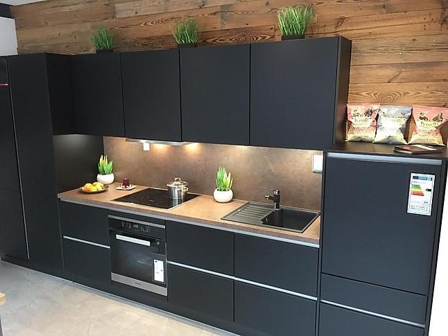 Xeno Küchen-Musterküche hochwertige XENO Küche schwarz matt ...