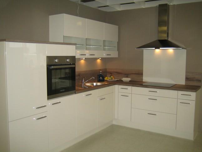 laminat wei hochglanz elegant vinylboden weiss hochglanz. Black Bedroom Furniture Sets. Home Design Ideas