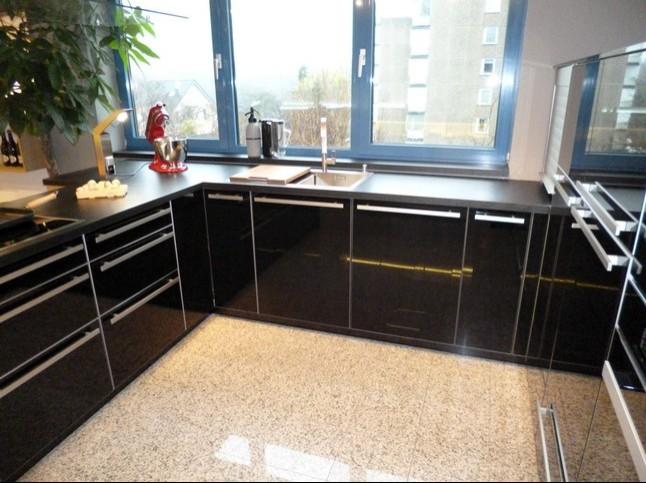 Leicht küchen glasfront  Leicht-Musterküche Leicht Austellungsküche mit Glasfronten ...