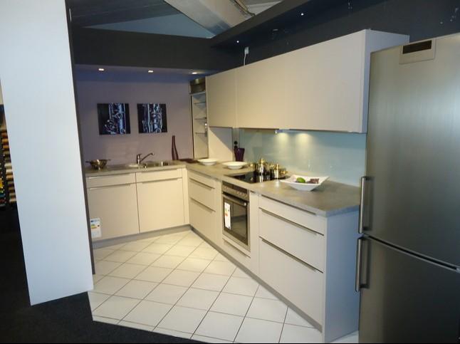 kchen ratingen amazing kchen leiste in ratingen with. Black Bedroom Furniture Sets. Home Design Ideas