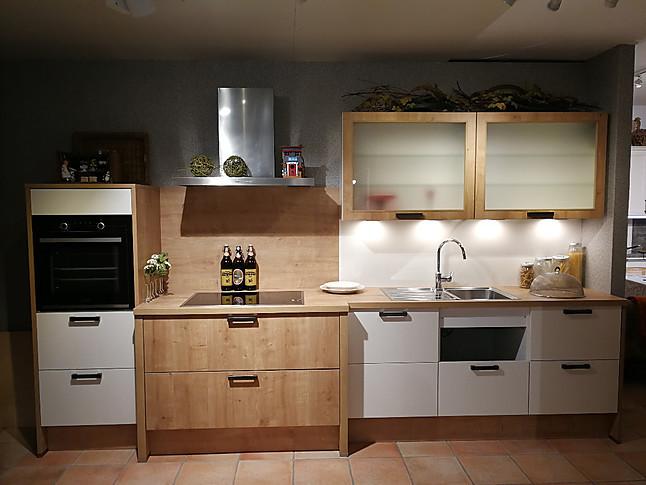 nobilia musterk che koje 9 ausstellungsk che in lengerich. Black Bedroom Furniture Sets. Home Design Ideas