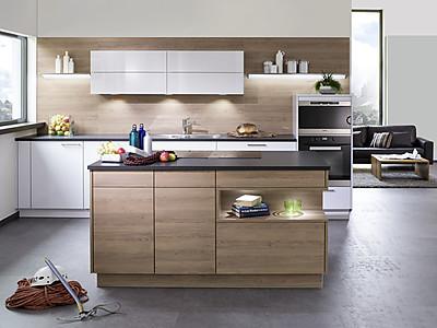 Designküche mit Kochinsel von Rempp